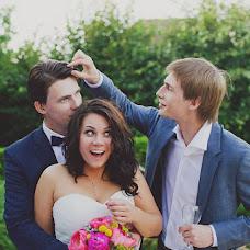 Wedding photographer Elena Zayceva (Zaychikovna). Photo of 23.07.2013