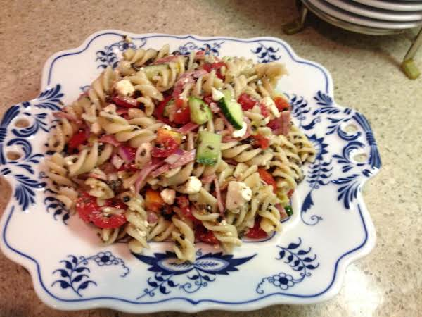 Divine Greek Pasta Salad Recipe