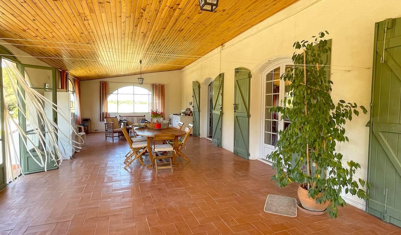 Maison avec jardin et terrasse Aimargues