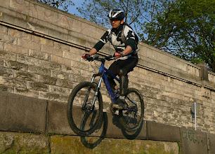 Photo: Nawet ja probuję, na odrestaurowanym i nieużywanym przez parę lat rowerze