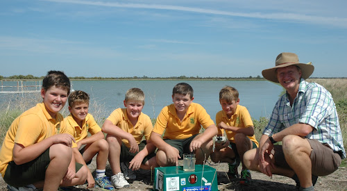 Narrabri Community Education Trust chairman Mike Bange is pictured here at the recent Federation Farm open day with St Francis Xavier's School students Will Ford, Jonty Fowler, Lachie Ford, Jack Smith and Tom Clarke.
