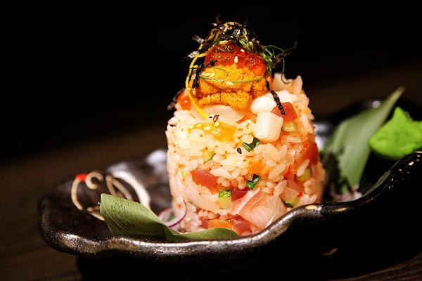 台南中西區-美食宇樂居食屋~限量立體海鮮丼飯 新消費模式 新裝潢 