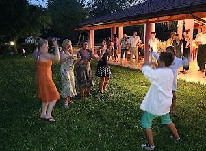Photo: Alla sera, cena sotto le stellecon musica e ballo