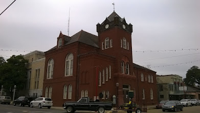 Photo: Courthouse Natchitoches