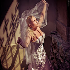 Wedding photographer Vadim Loza (dimalozz). Photo of 06.01.2013