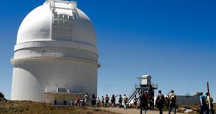 El observatorio está ubicado en la cumbre del pueblo de Gérgal.