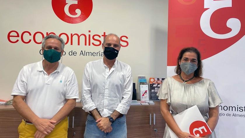 Carlos Cano, David Uclés y Ana Moreno.