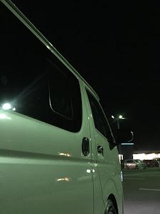 ハイエースバン TRH200V 4型後期S-GLダークプライムセレクション・2018年式のカスタム事例画像 こめけんさんの2018年12月15日19:12の投稿