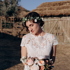 Wedding photographer Veronika Lapteva (Verona). Photo of 28.04.2018