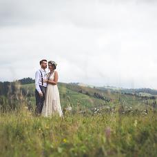 Wedding photographer Nazar Antonishin (NazarAntonyshyn). Photo of 24.10.2017