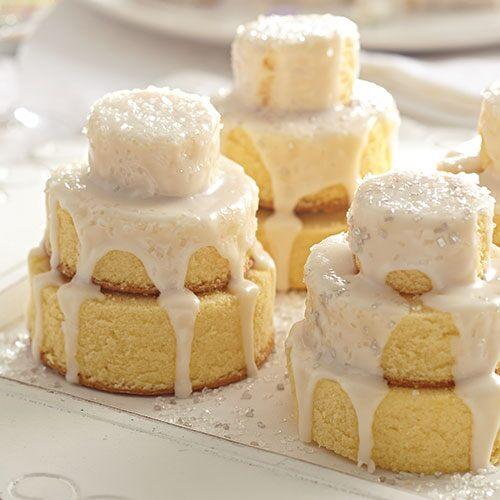DIY mini wedding cakes