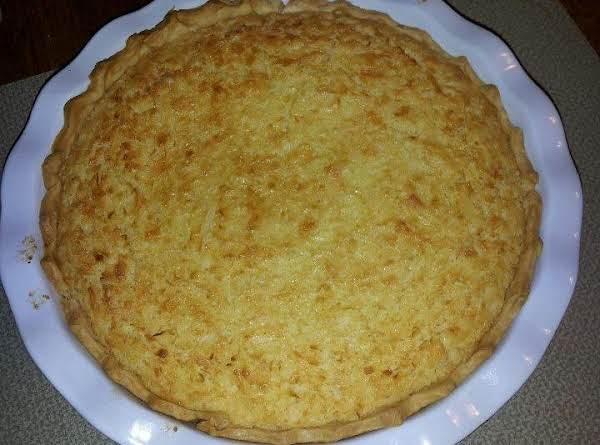 Super Easy, Delicious Coconut Custard Pie!