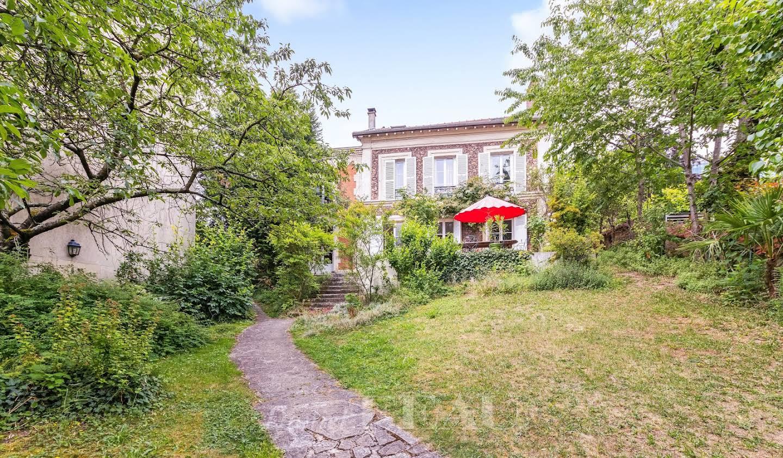 House Saint-Cloud
