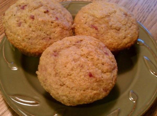 Raspberry Corn Muffins Recipe