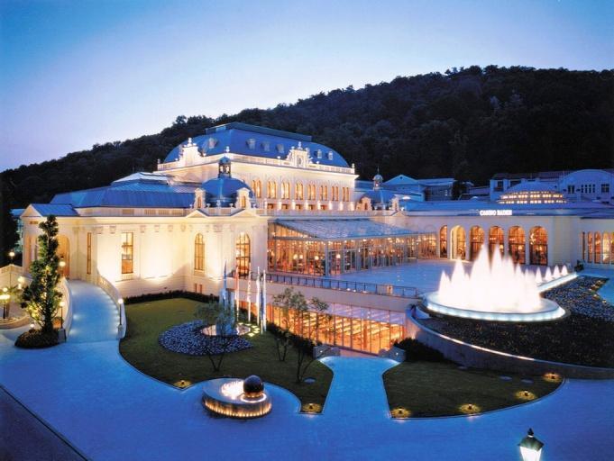 http://www.viajejet.com/wp-content/viajes/Turismo-en-Austria.jpg