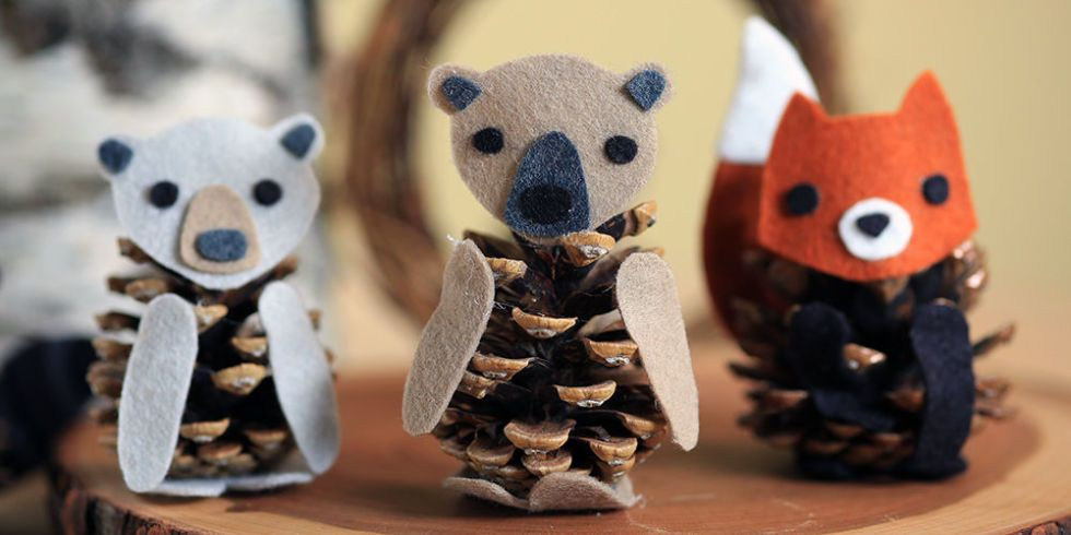 Pinecone Animals: These 25 Thanksgiving Crafts for Kids will get everyone into the thanksgiving spirit.