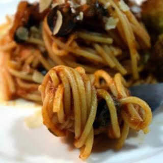 Meatless Monday Spaghetti alla Puttanesca