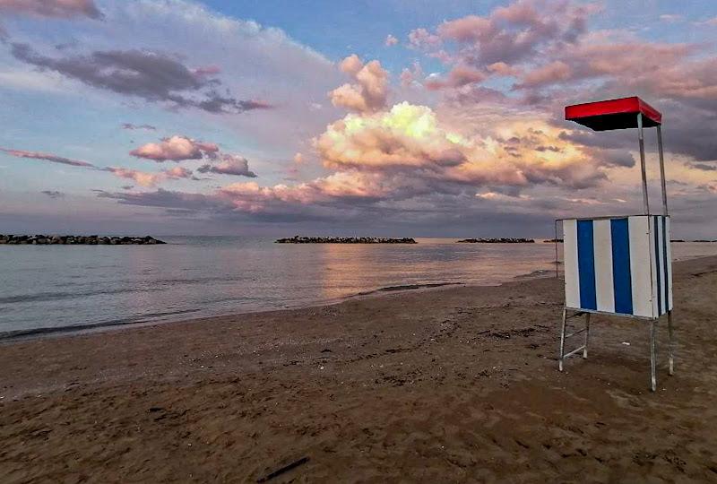 Non resta che guardare le nuvole di pina_de_curtis