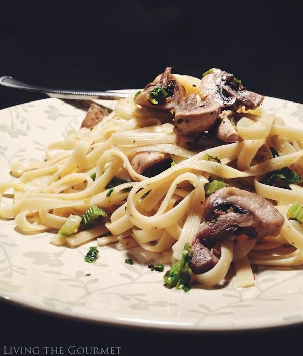 Fettuccine With Mushrooms Recipe
