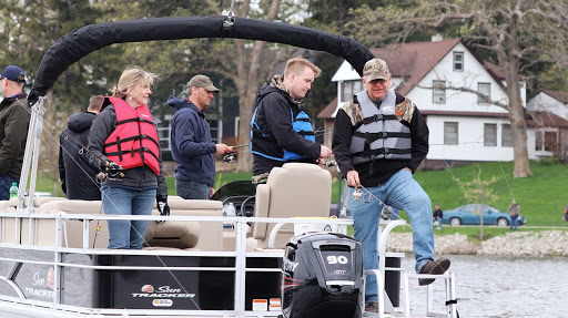 As Legislature's deadline approached, Tim Walz goes fishing and no one minds
