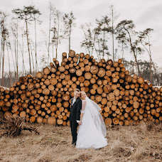 Wedding photographer Jakub Hasák (JakubHasak). Photo of 18.03.2019