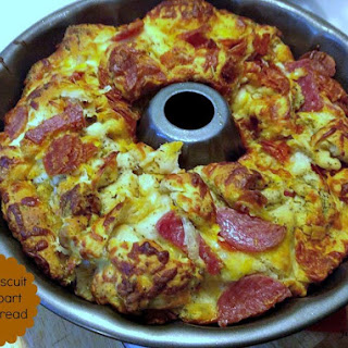 Easy Biscuit Pull Apart Pizza Bread Recipe!.