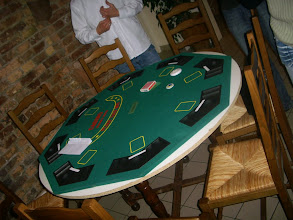 Photo: Les tables n'attendent plus que les joueurs!