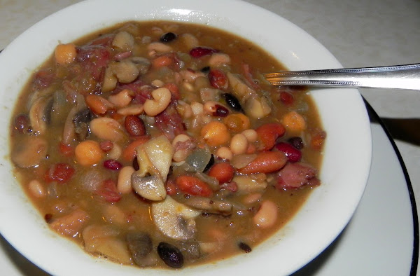 15 Bean, Beer And Ham Soup Recipe