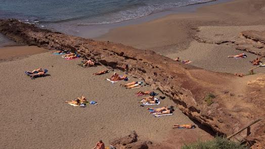 Tanto para las personas que ya practican naturismo como para otros que quieren iniciarse el Levante es su destino perfecto.