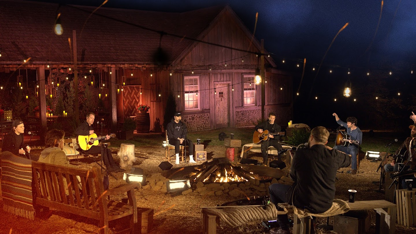 Watch CMT Campfire Sessions live