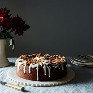 Chocolate-Almond Giant Cinnamon Bun Cake