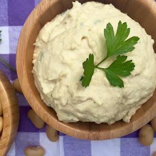 Lemony White Bean Hummus
