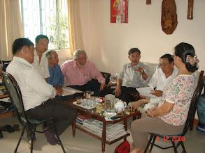 Photo: Ban liên lạc NLSBD họp chuẩn bị ngày Họp Mặt T.Thống 1/1/2009  Từ trái sang: Hưng, Nhân, Sanh, Hoàng, Chi, Chánh, Năm