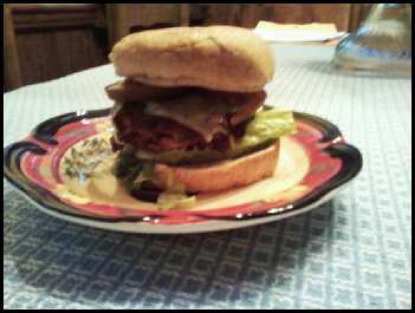Dana's Super Yummy Spicy Beany And Beef Burger Recipe