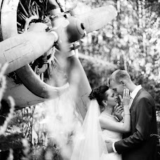 Wedding photographer Marina Sbitneva (mak-photo). Photo of 12.08.2014