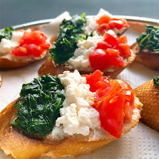 Tricolor Crostini with Spinach, Ricotta & Cherry Tomatoes.