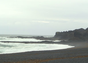 Photo: A typical Icelandic beach has black sand.