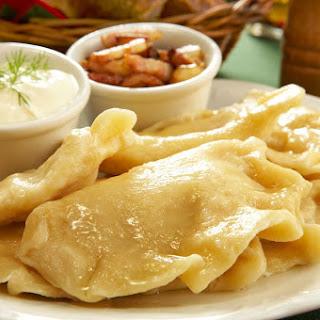 Potato-Cheese Pierogi Recipe - Pierogi Ruskie.