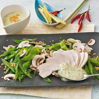 Geflügelsalat mit Zitronengras und Chili