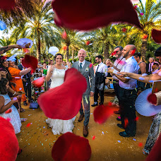Fotógrafo de bodas Lorenzo Ruzafa (ruzafaphotograp). Foto del 03.10.2018