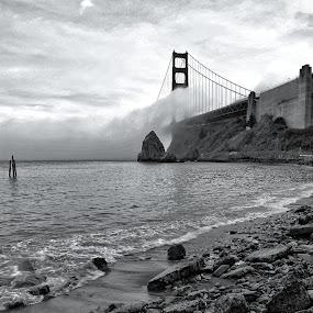 by Doug Skinner - Travel Locations Landmarks