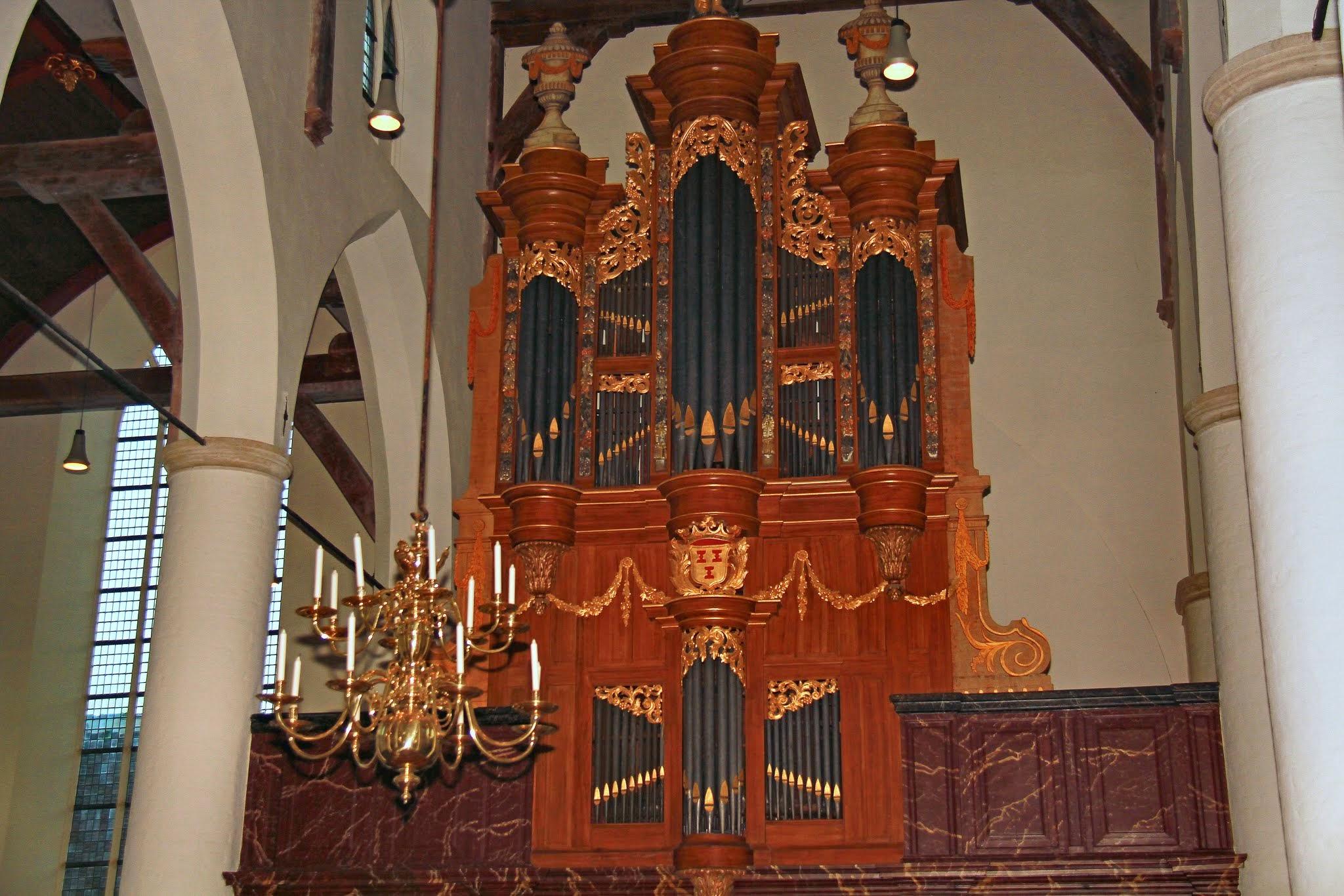 Photo: Foto's van het orgelconcert op beide orgels van de Grote of Barbarakerk te Culemborg op 5 september 2014 door Marijn Slappendel, voorafgaand aan de presentatie van zijn CD 'Klaarlicht'. Dit is het Verhofstadtorgel. Foto's: Dik Hooijer.