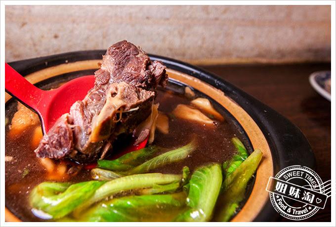 獅城海南雞飯肉骨茶專賣店肉骨茶