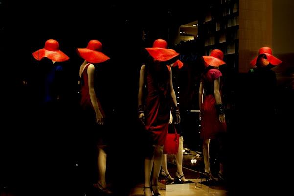 Cappelli rossi. di Paolo Zanoni