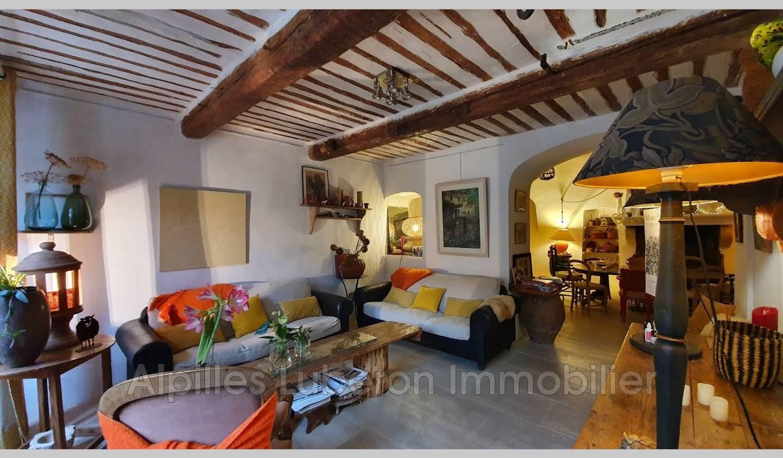 Villa with terrace Eygalières