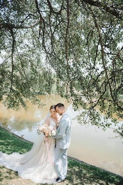 Wedding photographer Aleksey Bondar (bonalex). Photo of 25.09.2019
