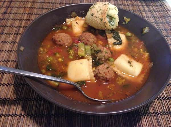 Zuppa Di Ravioli Recipe