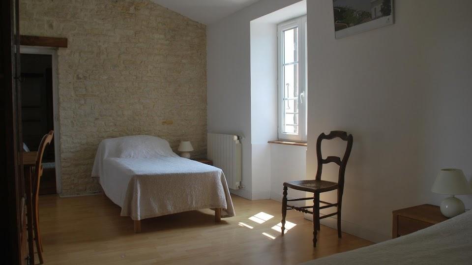 Le Relais : chambre enfants avec deux lits simples