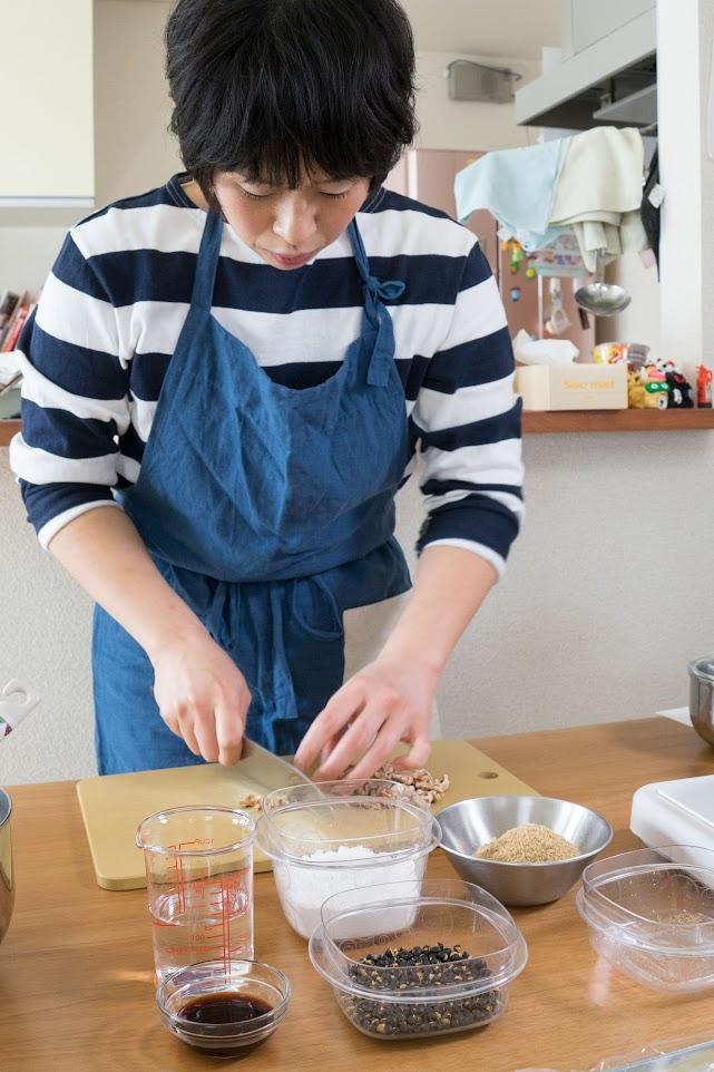 黒千石レシピ:黒千石大豆とくるみのゆべし・作り方
