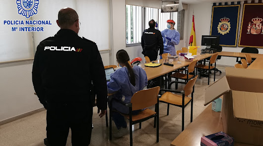 Policía Nacional activa el plan anticovid tras detectar tres casos en el cribado